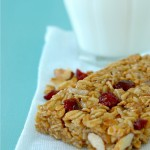 4 ingredients Granola bars- Kiss My Spatula