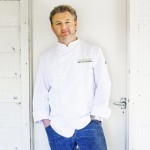 chef 1 150x150 10 Celebrity Chefs on Twitter You Should Be Following!